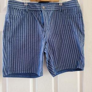Ladies reversible shorts